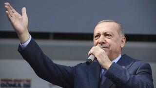 Ανένδοτος o Ερντογάν για τον πρύτανη: «Τρομοκράτες» οι διαδηλωτές φοιτητές στην Κωνσταντινούπολη