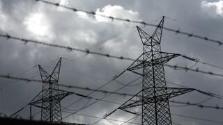 Τρίκαλα: Πολύωρο μπλακ άουτ στα ορεινά του νομού – Έσπασαν κολώνες της ΔΕΗ