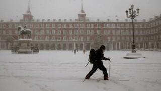 Ισπανία: Η χειρότερη χιονόπτωση των τελευταίων 50 χρόνων «σαρώνει» τη χώρα - Δύο νεκροί