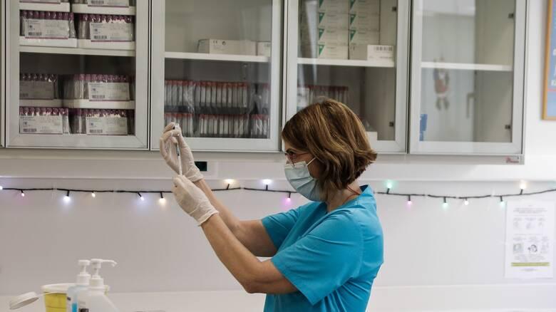 Κορωνοϊός: Αγγίζουν τις 35.000 οι εμβολιασμοί - Αυξάνεται ο ρυθμός τις επόμενες ημέρες