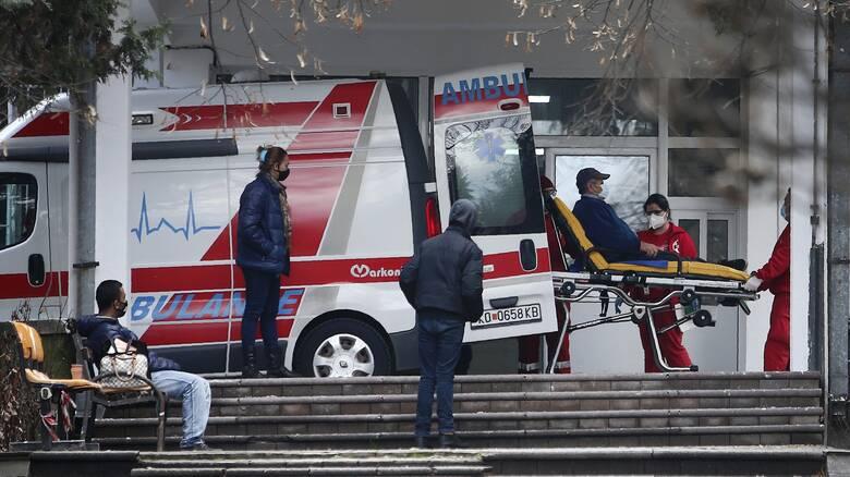 Βόρεια Μακεδονία-κορωνοϊός: Υπερδιπλασιασμός των νοσηλευομένων σε μια μόνο μέρα