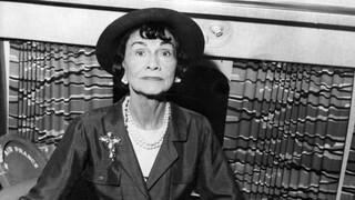 Coco Chanel: Η ιέρεια της πολυτέλειας στην υψηλή ραπτική