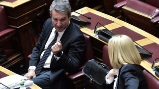 ΚΙΝΑΛ: «Καρατόμηση» Λοβέρδου από την θέση του κυβερνητικού εκπροσώπου