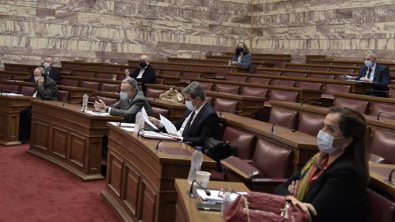 Βουλή: Ευρύτατη συναίνεση στην επέκταση της αιγιαλίτιδας ζώνης στα 12 ν.μ.
