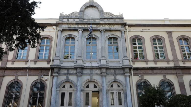 Μυτιλήνη: Σε αυστηρότερο lockdown το νησί - Ποια μέτρα τίθενται σε ισχύ