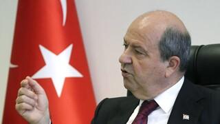 Κυπριακό: Επιμένει σε πενταμερή που θα οδηγήσει σε δύο κράτη ο Τατάρ