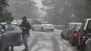 Κακοκαιρία «Λέανδρος»: Κλειστό τμήμα της εθνικής οδού Αθηνών - Λαμίας – Πού χρειάζονται αλυσίδες