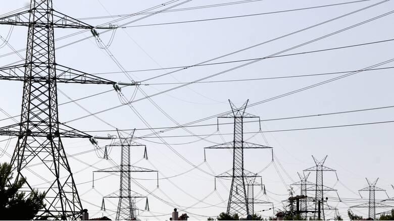 Κακοκαιρία Λέανδρος - Θεσσαλονίκη: Αποκαθίστανται οι βλάβες στην ηλεκτροδότηση