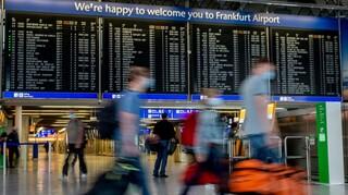 Εκκενώνεται το αεροδρόμιο της Φρανκφούρτης -  Αναφορές για βόμβα