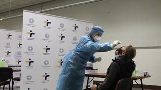 Κορωνοϊός: Έφτασαν και στην Ελλάδα τα rapid test αντιγόνου με δείγμα σάλιου