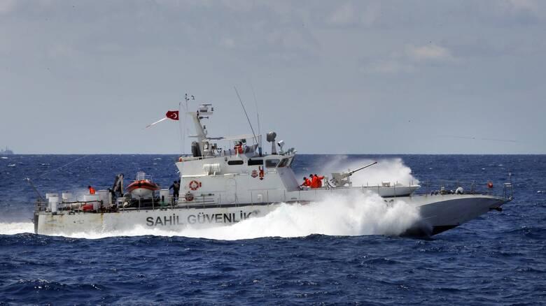Ρωσικό φορτηγό πλοίο βυθίστηκε στη Μαύρη Θάλασσα – Τουλάχιστον δύο νεκροί