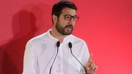 Ηλιόπουλος: Ψεύτικο το άνοιγμα χωρίς μέτρα στήριξης για εργαζόμενους και επιχειρήσεις