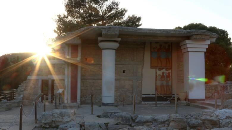 Πέθανε ο σπουδαίος αρχαιολόγος και ακαδημαϊκός Σινκλέρ Χουντ
