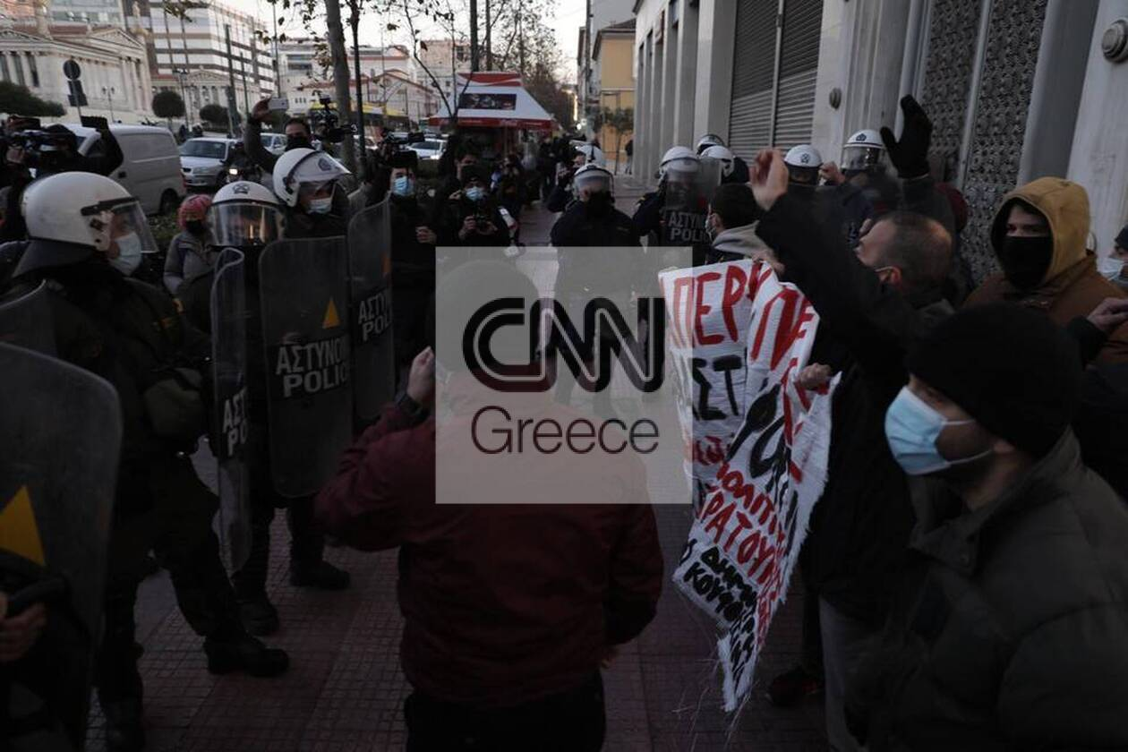 https://cdn.cnngreece.gr/media/news/2021/01/19/251188/photos/snapshot/600701319dbc0.jpg