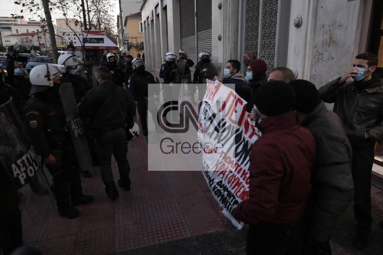 https://cdn.cnngreece.gr/media/news/2021/01/19/251188/photos/snapshot/60070132e30b5.jpg