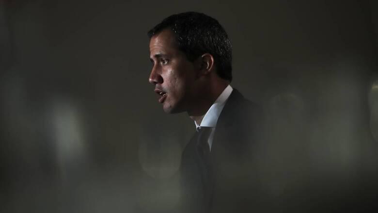 Κυβέρνηση Μπάιντεν: Θα αναγνωρίσει τον Χουάν Γκουαϊδό ως τον νόμιμο πρόεδρο της Βενεζουέλας