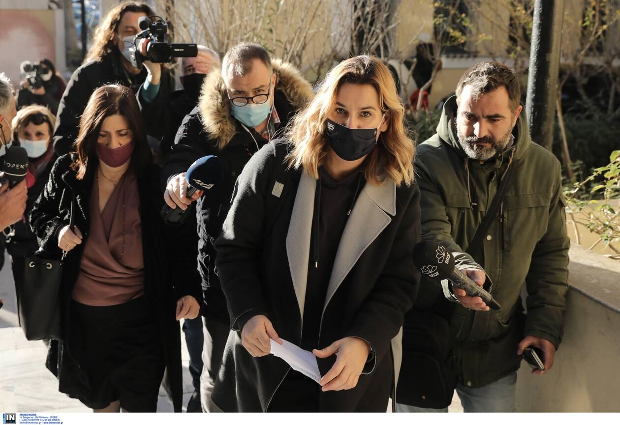 https://cdn.cnngreece.gr/media/news/2021/01/20/251294/photos/snapshot/bekatorou-3.jpg