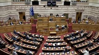 Βουλή: Συναίνεση για την επέκταση χωρικών υδάτων και στο βάθος οι... Πρέσπες