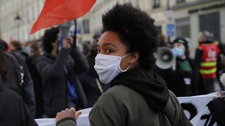 Γαλλία: Χιλιάδες υγειονομικοί στους δρόμους της χώρας για να καταγγείλουν τις συνθήκες εργασίας τους