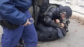 Φοιτητικό συλλαλητήριο στη Θεσσαλονίκη: Σε συλλήψεις μετατράπηκαν οι προσαγωγές διαδηλωτών