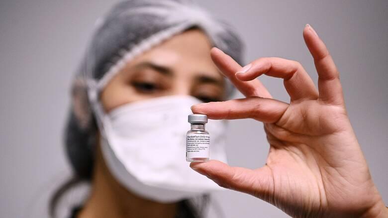Κορωνοϊός: Η Pfizer μειώνει τις παραδόσεις εμβολίων έως 50% σε ορισμένες χώρες της ΕΕ