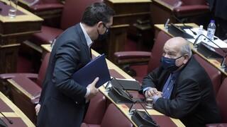Ο Τσίπρας δίνει εκλογικό σήμα – Ξεκινάει η μάχη του σταυρού στον ΣΥΡΙΖΑ
