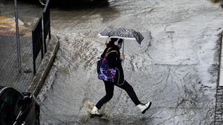 Καιρός: Βροχές και καταιγίδες σήμερα - Επιδείνωση από το μεσημέρι