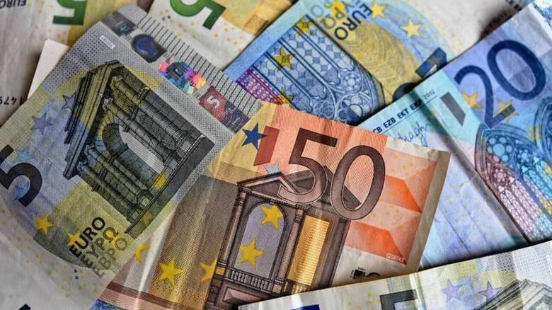 Αυξάνονται τα «φέσια» προς το Δημόσιο – Ανήλθαν στα 107.586 δισ. ευρώ