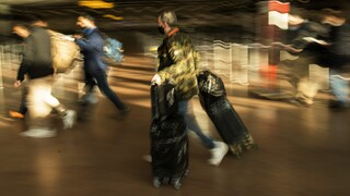 Κορωνοϊός: Ανησυχία για τη μετάλλαξη «Nelly» - Πώς «οχυρώνεται» η Ελλάδα και τι λένε οι ειδικοί