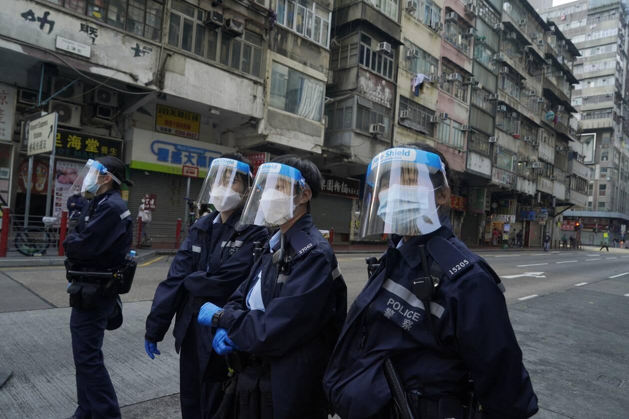 https://cdn.cnngreece.gr/media/news/2021/01/23/251702/photos/snapshot/hong_kong_lockdown-15.jpg