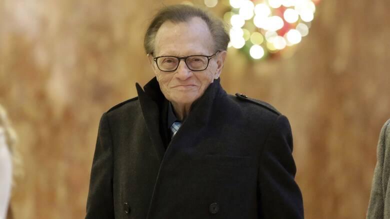 Larry King: Πέθανε ο γνωστός παρουσιαστής του CNN