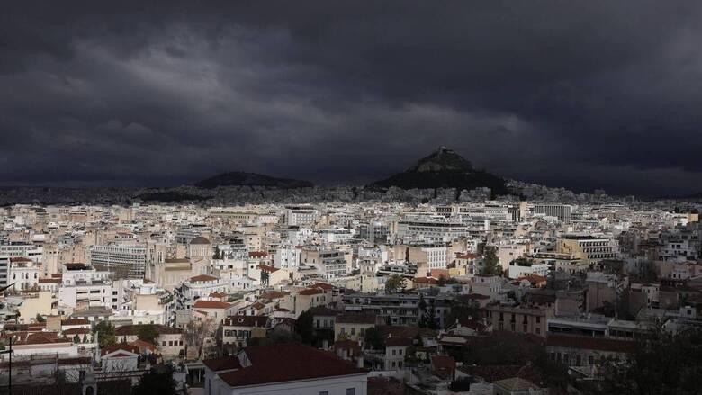Κακοκαιρία: Ύφεση για λίγες ώρες, νέο «κύμα» από το απόγευμα