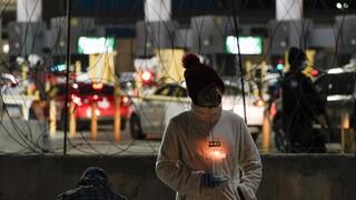Φρίκη στα σύνορα Μεξικού - ΗΠΑ: Βρέθηκαν 19 απανθρακωμένα πτώματα