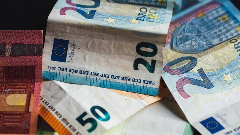 Επίδομα 534 ευρώ: Πότε πληρώνονται οι εργαζόμενοι που είναι σε αναστολή