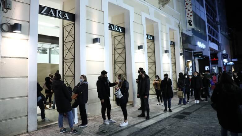 Χειμερινές εκπτώσεις: Πέντε στα 10 καταστήματα στην Αττική κινήθηκαν σε ικανοποιητικά επίπεδα