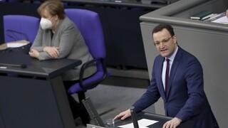 Κορωνοϊός: Σύμφωνη με τους περιορισμούς στις εξαγωγές εμβολίων από την ΕΕ η Γερμανία