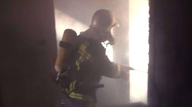 Κυψέλη: Γυναίκα έχασε τη ζωή της έπειτα από πυρκαγιά σε διαμέρισμα