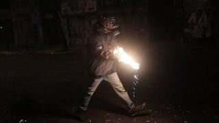 Επεισόδια στο Μενίδι: Πέτρες και μολότοφ κατά αστυνομικών - 35 προσαγωγές