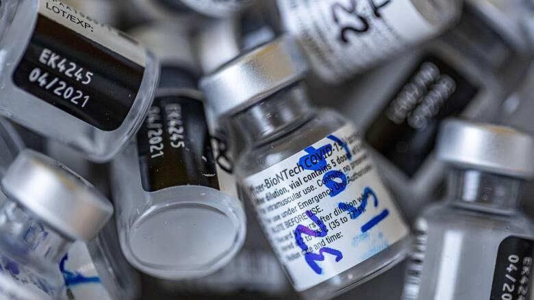 Εμβόλιο Pfizer/BioNTech: Αποτελεσματικό κατά των μεταλλάξεων της Βρετανίας και της Νότιας Αφρικής