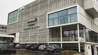Κομισιόν: Οι επαφές με την AstraZeneca θα συνεχιστούν