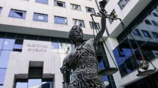 Διεθνής Διαφάνεια: Βελτιώθηκε οριακά η θέση της Ελλάδας στο Δείκτη Αντίληψης Διαφθοράς