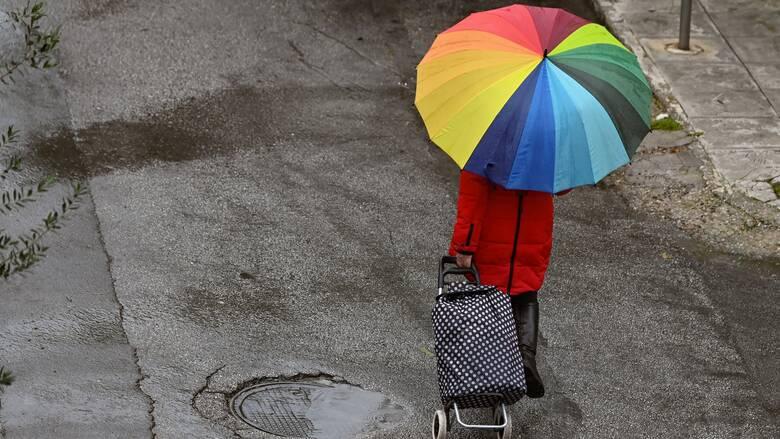 Καιρός: Μικρή άνοδος της θερμοκρασίας την Παρασκευή - Πού θα βρέξει