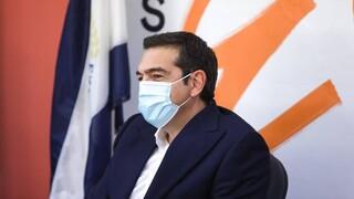 Άρθρο Τσίπρα στο Politico: Τα εμβόλια δεν είναι εμπόρευμα – η Ευρώπη να εξασφαλίσει τις πατέντες