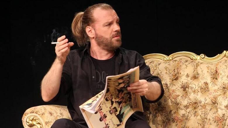Kαταγγελία κατά του ηθοποιού και σκηνοθέτη Κώστα Σπυρόπουλου από τρεις ηθοποιούς