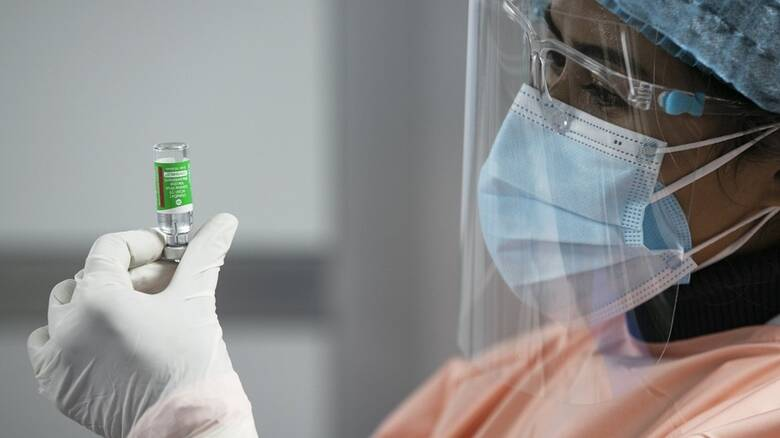 «Ναι» της Κομισιόν στο εμβόλιο της AstraZeneca