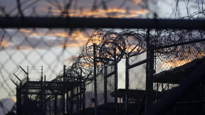 ΗΠΑ- Κορωνοϊός: Αναστέλλεται το σχέδιο εμβολιασμού κρατουμένων του Γκουαντάναμο μετά από αντιδράσεις