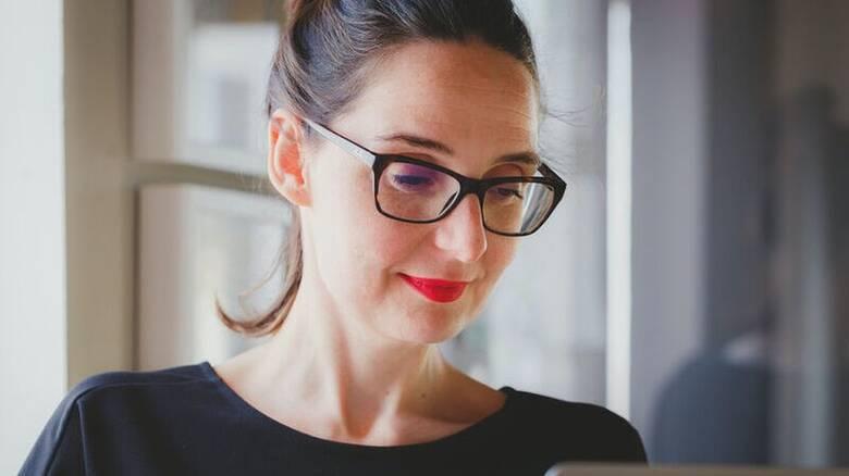 Πολυάσχολη γυναίκα και δυσκοιλιότητα: Πώς θα την καταπολεμήσετε