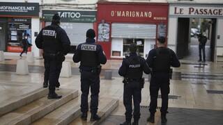 Κορωνοϊός - Γαλλία: Τα εστιατόρια που θα παραμένουν ανοικτά, θα αποκλείονται από την κρατική βοήθεια