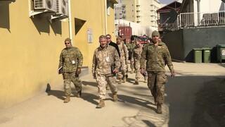 Αφγανιστάν: Οι Ταλιμπάν διαμηνύουν ότι θα συνεχίσουν τον πόλεμο αν παραμείνουν τα ξένα στρατεύματα