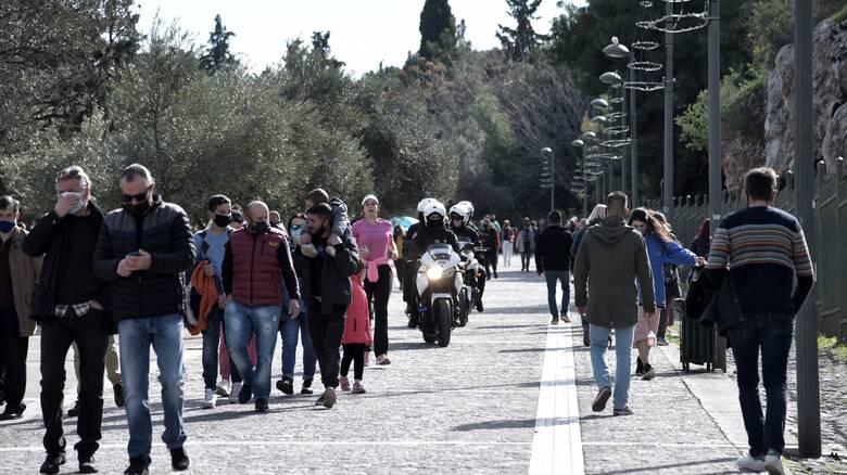 Παυλάκης: Το τρίτο κύμα ξεκίνησε - Η Αττική χρειάζεται σκληρή καραντίνα
